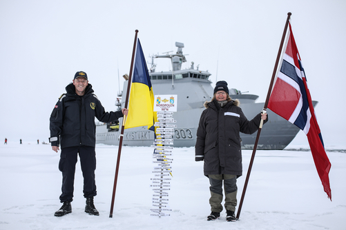 Commanding officer Geir-Martin Leinebø and CAATEX cruise leader Dr. Hanne Sagen at the North Pole 21. August 2019. Credit: Norwegian Coast Guard.