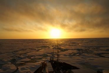Arctic sunset: Credit: V. Dansereau, 2010.