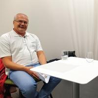 Igor Ezau before recording the podcast episode: Photo: Ingjald Pilskog