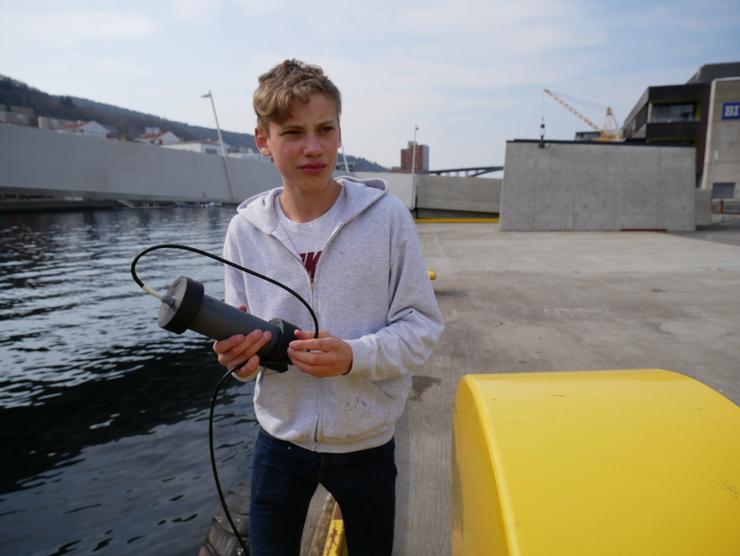 Olav Ramslien: Tester utstyr i Puddefjorden